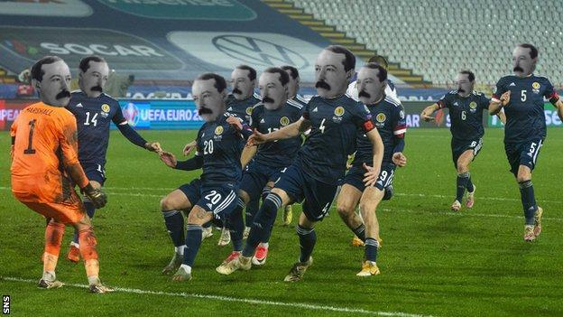 My (UNAUTHORIZED) UEFA Eurlo 2020 Preview: Team William McCrum (Group D) ***Please also note: My internet is broken so this is all from memory, I can't look up or verify anything***